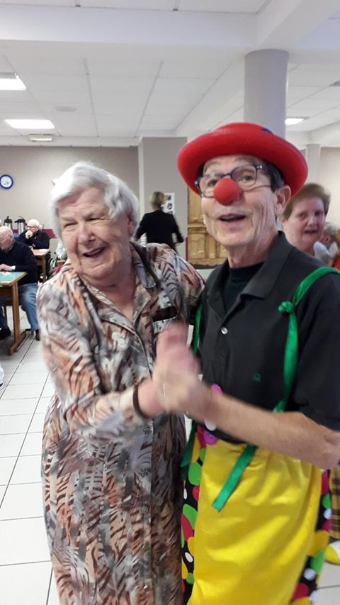 Clown-Accompagnant-en-Geriatrie-8
