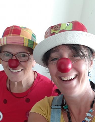 clown-accompagnant-clowns-et-vie
