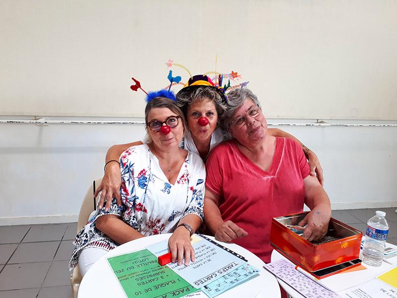 Le 15 décembre 2019 – Présentation de l'association à Saint Fulgent pour la chorale, les clowns tiendront le bar.